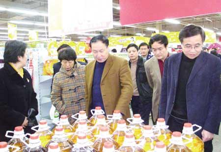构筑天汉大地食品安全的钢铁长城――陕西省汉中市加强食品安全监管工作纪实