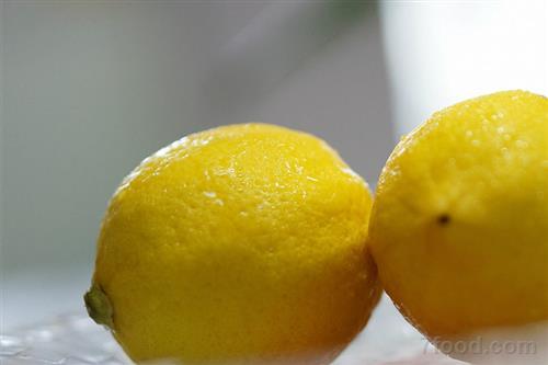 降压解暑 夏天来杯柠檬水